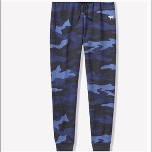 NEW!! PINK Blue Camo Skinny Joggers